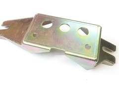 Gearbox mounting bracket