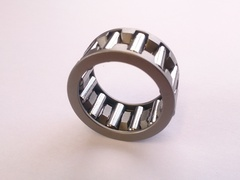 GEAR PIVOT NEEDLE BEARING