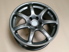 "Genuine 18"" anthracite spider wheel"