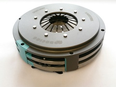 AP Racing twin plate clutch